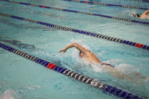 Men's swimming & diving team beats Coldwater 127-55